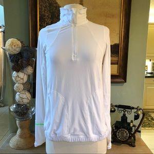 Lululemon Runderful half zip long sleeve Size 6